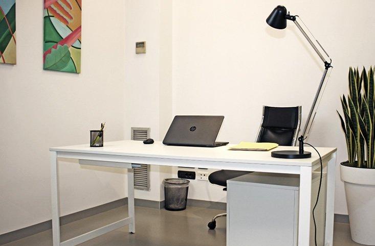 Affitto ufficio singolo a brescia in coworking ciceroom